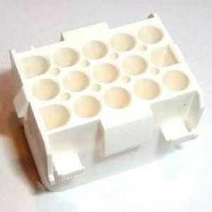 Universal MATE-N-LOK Aufnahmegehäuse 15-polig